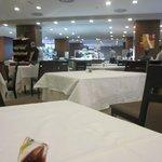 dinning & breakfast restaurant