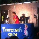 Show de Papagayos
