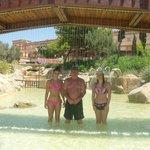Shallow lagoon pool