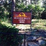 The walk to Buffalo Bill's Grave