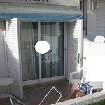 A nossa varanda/entrada e unica janela do quarto