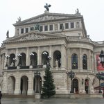 Главный фасад Оперы