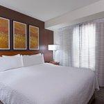 One Bedroom Suite Guestroom