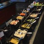 buffet frio de ensaladas ,