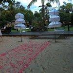 Casamiento en la playa del hotel, otra sorpresa hermosa