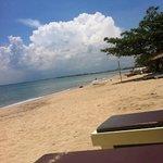 playa limpia y tranquila