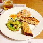Tratar de dorada y salmón