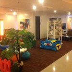 Play and Lounge Areas
