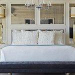Monarch Suite Guestroom