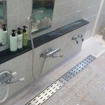 Onsen showers