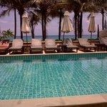 Adjacent pool and ocean