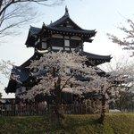 高田城址の復元された櫓