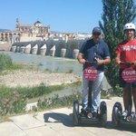 Disfrutando de la orilla del Guadalquivir