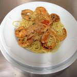 Spaghetti aux crevettes au Menu Italien