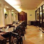 Padharosa ( Multi Cuisine Restaurant)