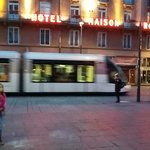 Tranvía y el hotel