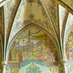 Blick ins Gewölbe der Basilika auf dem Vysehrad