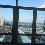 Utsikt fra hotellresturanten mot stranden
