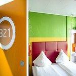 Room 321