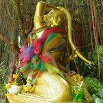 Thoraki, diosa del agua en Wat Saket