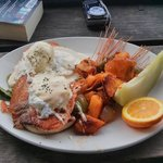 Breakfast - Salmon Benedict