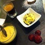 """Café Rosa Morena avec gourmandises """""""