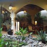 Restaurante do hotel e jardim