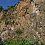 Baía do Sancho - paredão