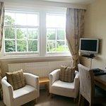 'Teith' Large Triple Room - Sitting area