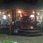 Plazni bar u sklopu restorana Nik