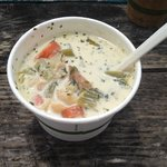 Clam chowder without croutons