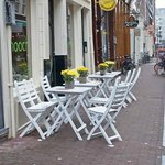outdoor café