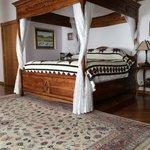 Tristan Suite King size bed.