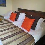 ツインの部屋へエキストラベットを入れてトリプルで泊まりました