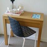 Tiny little desk/work bench