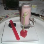 Melon shooter with edible straw