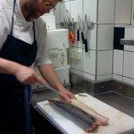 Levage des filets sur poisson brut et frais