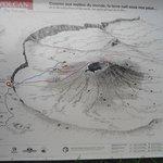 Карта маршрутов к вулкану и различным образованиям в долине вулкана