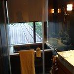 浴室泡湯區