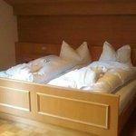 Il letto! Il cuscino tipico è bello ma terribilmente soffice, usatene almeno 2.