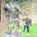 dartagnan statue