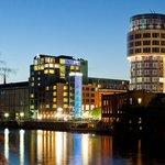 AMERON Hotel Abion Spreebogen Berlin Außenansicht Nacht