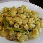 Pipe salsiccia e broccoli