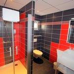 salle de bain chambres confort +