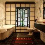 Moonriver Bathroom