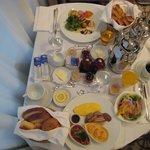 朝食のルームサービスです。