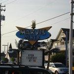 Marvis Diner sign