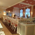 Breakfast restaurant : Stylish and relaxing