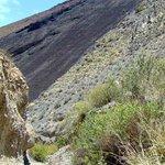 coladera de lava de la erupcion del volcan