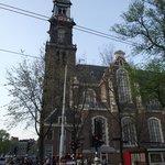 Westerkerk, igreja próxima à casa de Anne Frank.